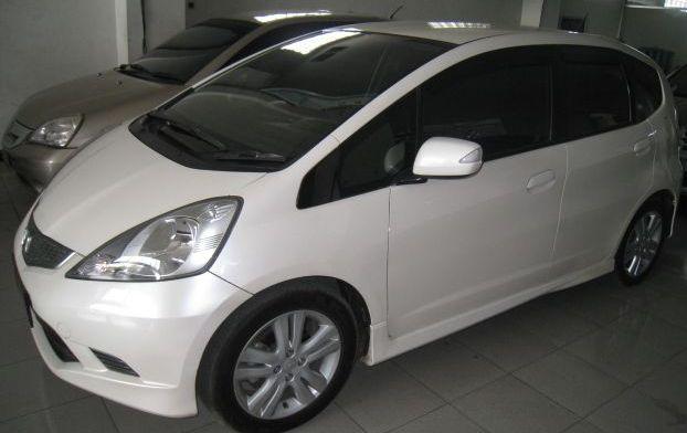 Jual Beli Mobil Bekas Surabaya – 081.515.7700.15 | Mobil ...